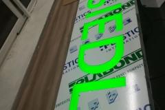 podświetlony kaseton dibond