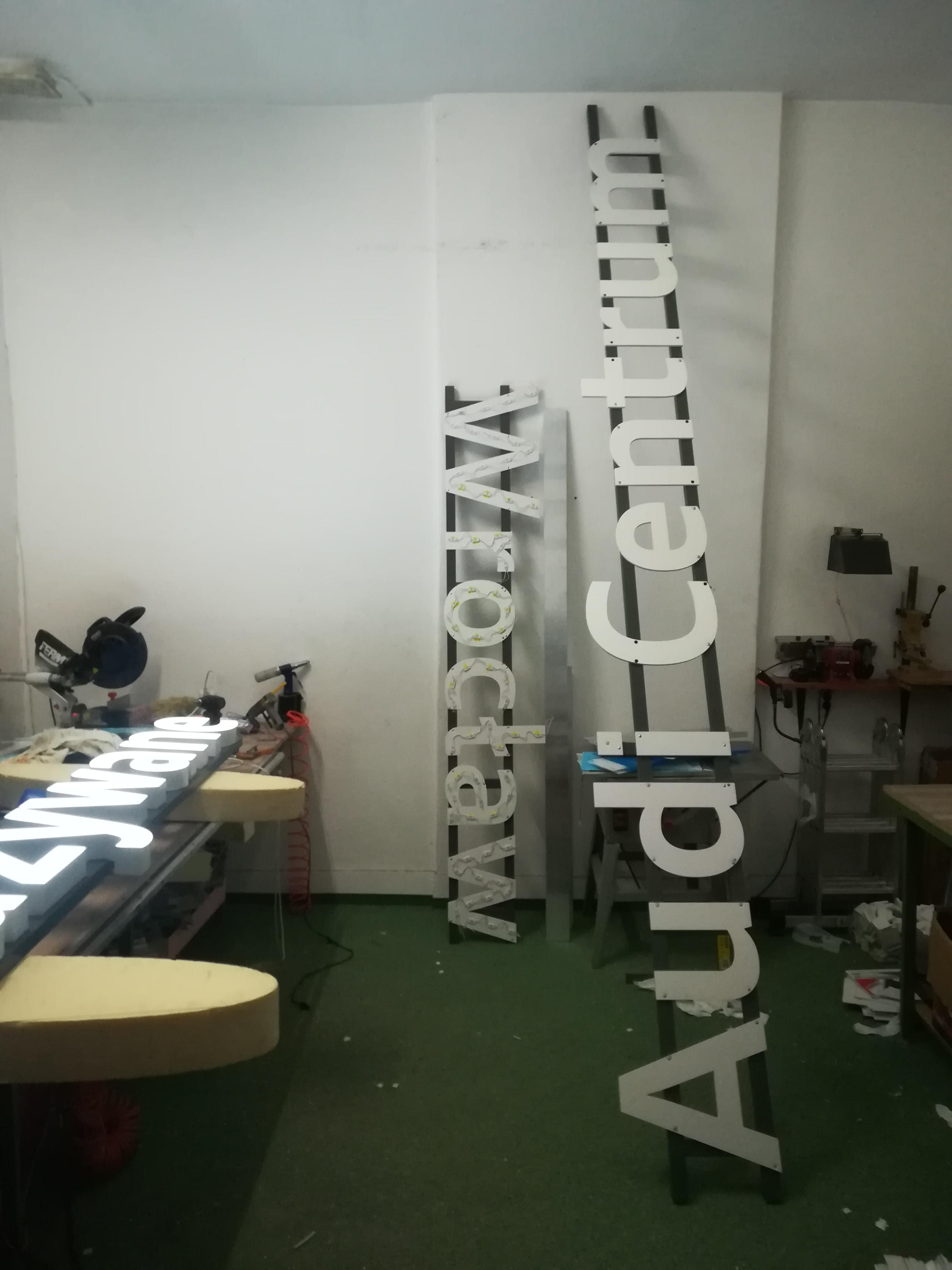 plecy liter z PCV na stelażu al.